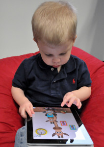 Child_with_iPad